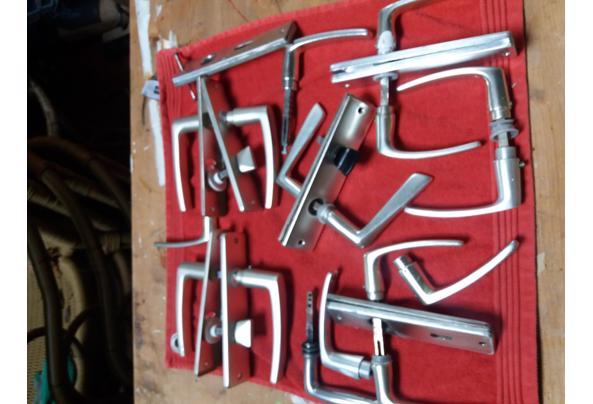 partij aluminium deurklinken - thumbnail_20210108_115424[1]